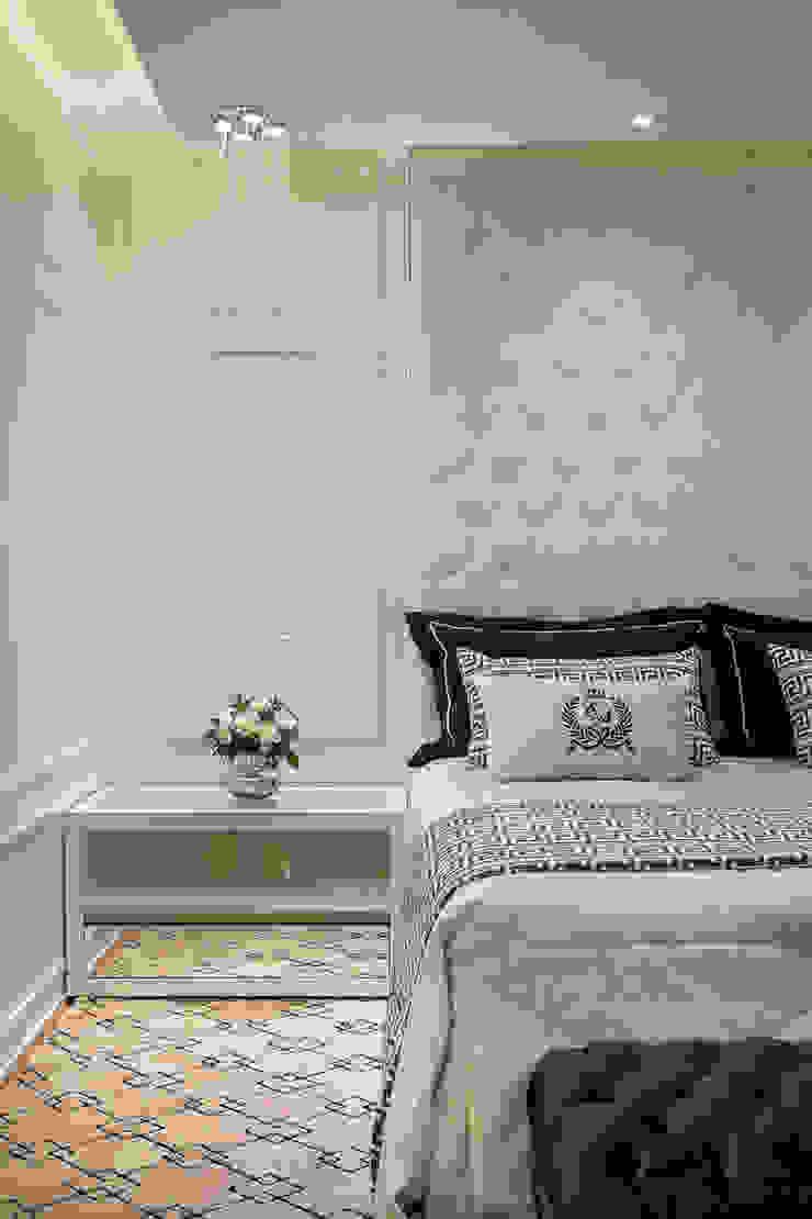 Casa Real Quartos modernos por Designer de Interiores e Paisagista Iara Kílaris Moderno