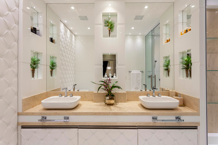Casa Real Banheiros modernos por Designer de Interiores e Paisagista Iara Kílaris Moderno