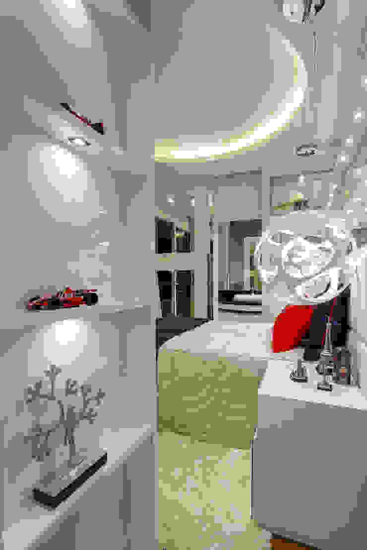 Casa Real Quarto infantil moderno por Designer de Interiores e Paisagista Iara Kílaris Moderno