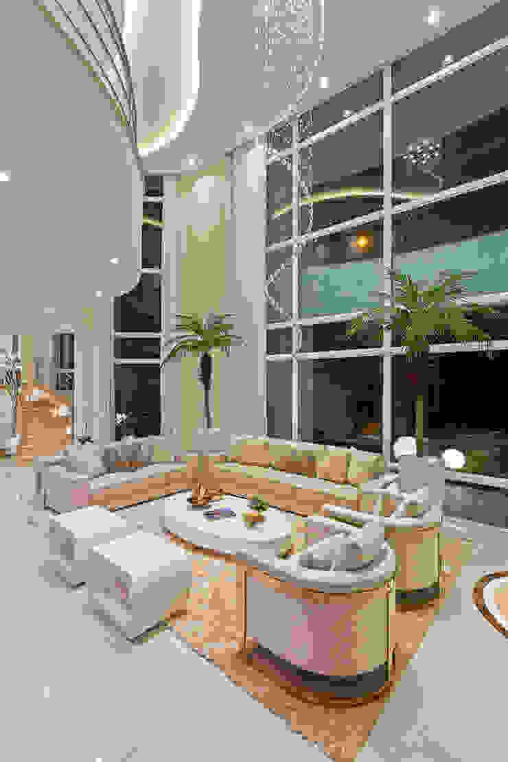 Casa Antúrio Salas de estar modernas por Designer de Interiores e Paisagista Iara Kílaris Moderno