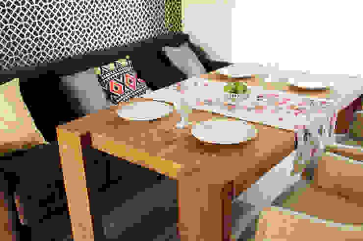 Загородный дом в Юкках Кухня в стиле минимализм от Wide Design Group Минимализм