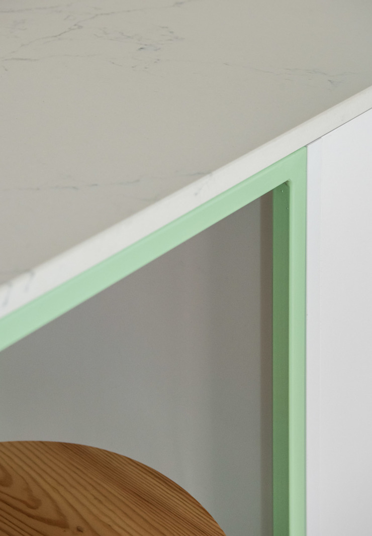 Detalle encimera Cocinas de estilo minimalista de Eeestudio Minimalista