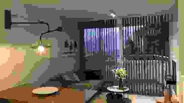 Sala y Balcon de ea interiorismo Ecléctico