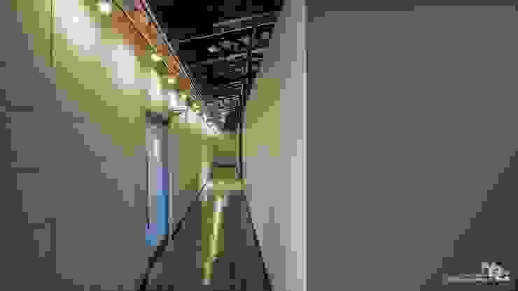 복합문화공간 누에 - 중앙전시홀 인더스트리얼 스타일 전시장 by 내츄럴디자인컴퍼니 인더스트리얼