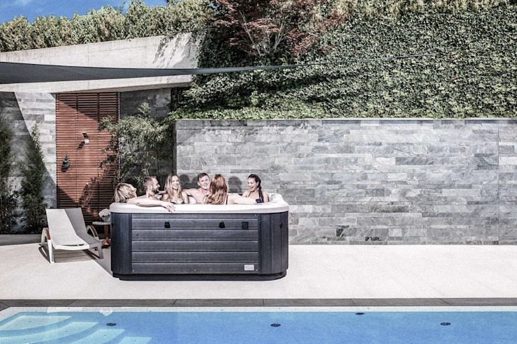 Taman Modern Oleh SPA Deluxe GmbH - Whirlpools in Senden Modern