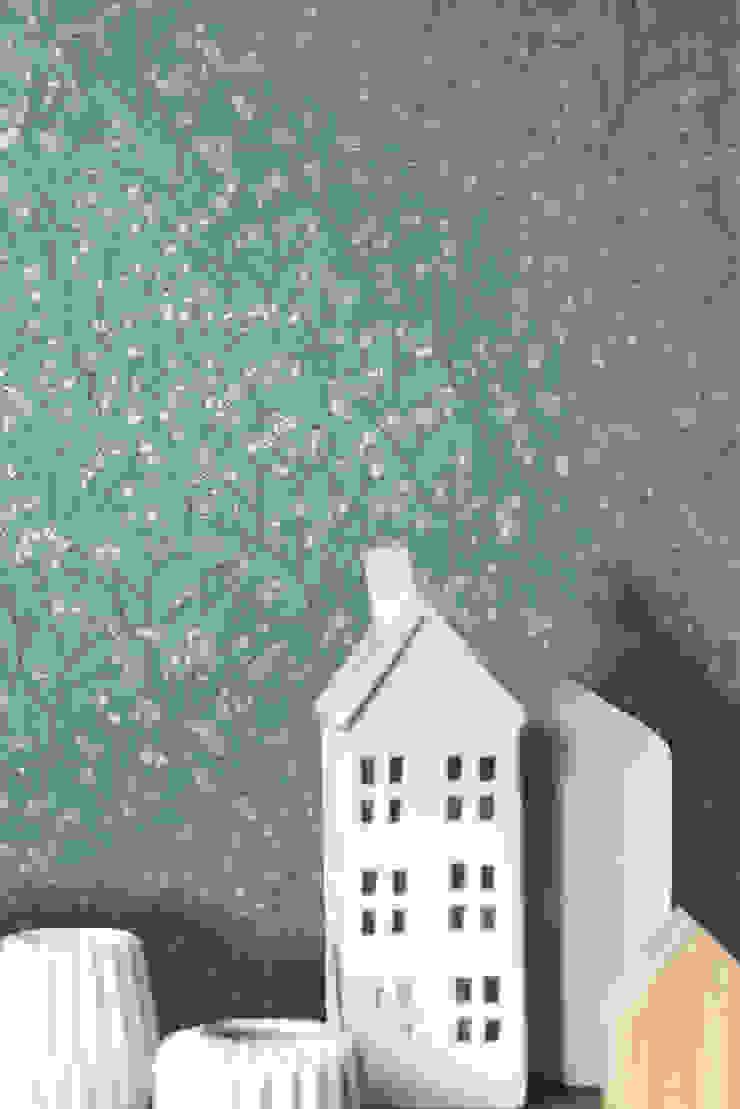 TapetenStudio.de Paredes y pisos de estilo rural Azul