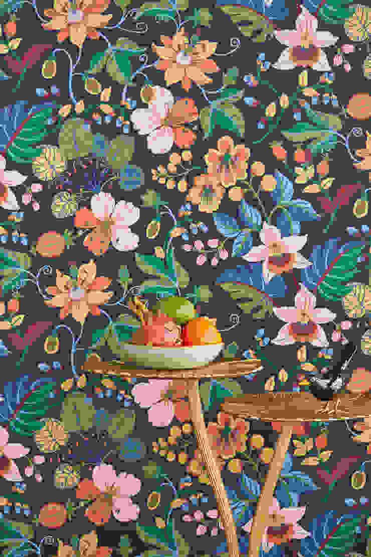 TapetenStudio.de Paredes y pisos de estilo tropical Multicolor