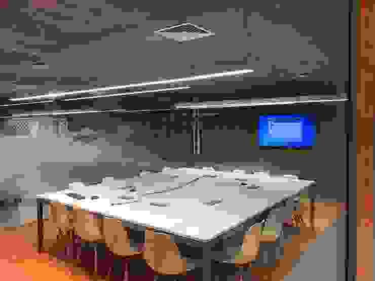 Reunião:   por JBENARQ,Moderno Concreto