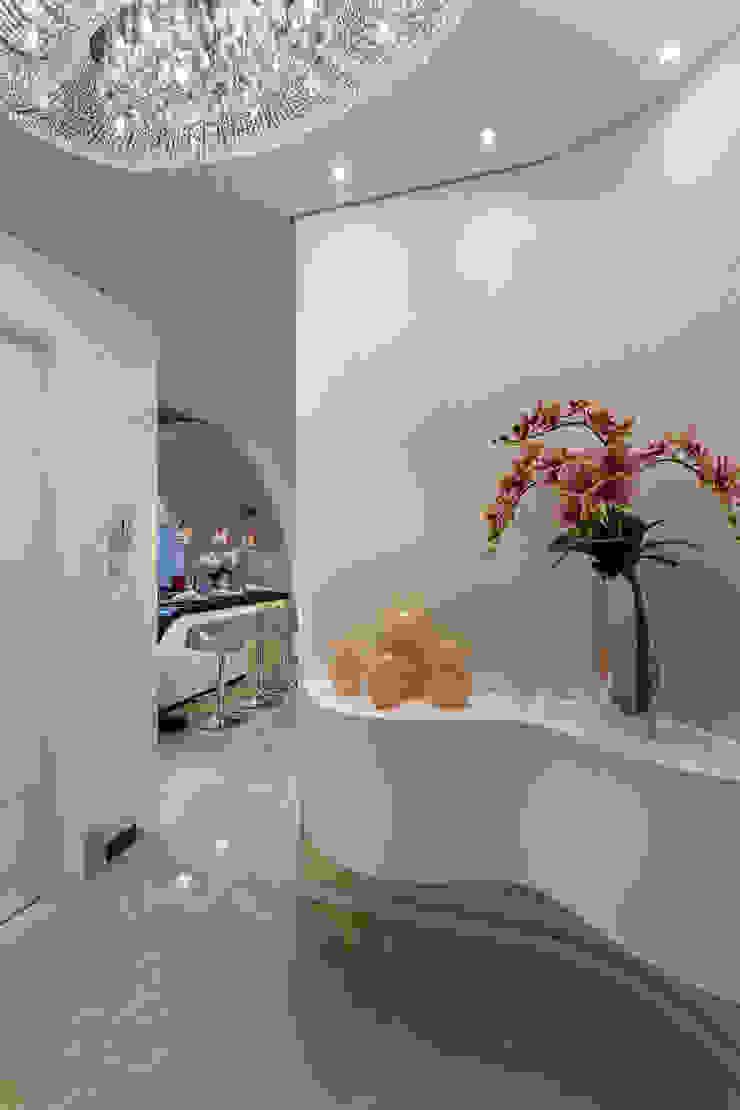 Apartamento Chanel Corredores, halls e escadas modernos por Designer de Interiores e Paisagista Iara Kílaris Moderno