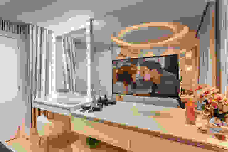 Apartamento Chanel Quartos modernos por Designer de Interiores e Paisagista Iara Kílaris Moderno