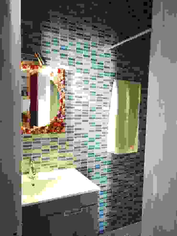 Blue emotion Atelier Ana Leonor Rocha Casas de banho ecléticas