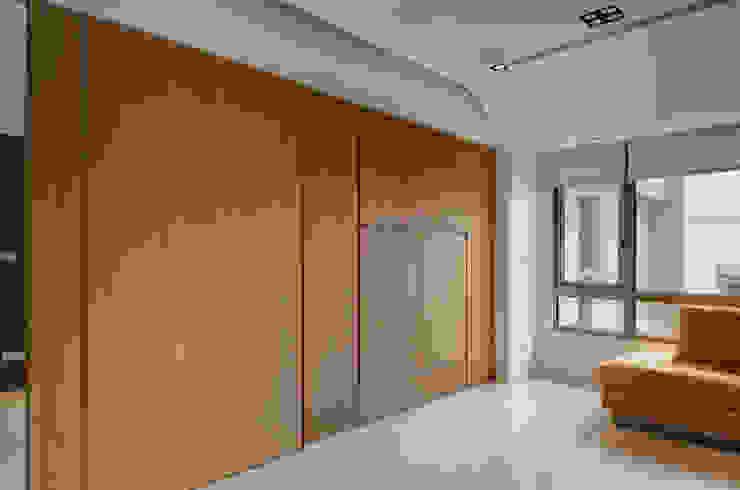 極簡主義 根據 邑舍室內裝修設計工程有限公司 簡約風