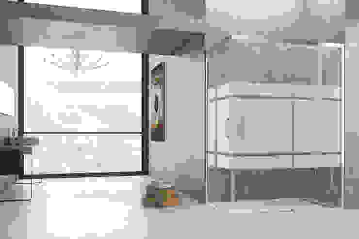 Pequeña reforma de baño Baños de estilo minimalista de Banium-Reformas del Hogar en Madrid Minimalista