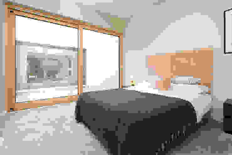 Bedroom Sliding Patio Door Marvin Windows and Doors UK pintu kayu Kayu Wood effect