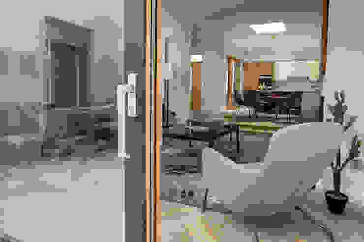 Lift & Slide Hardware Marvin Windows and Doors UK pintu geser Aluminium/Seng Wood effect