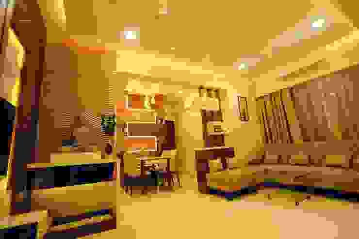 Living room designs:  Living room by Square 4 Design & Build,