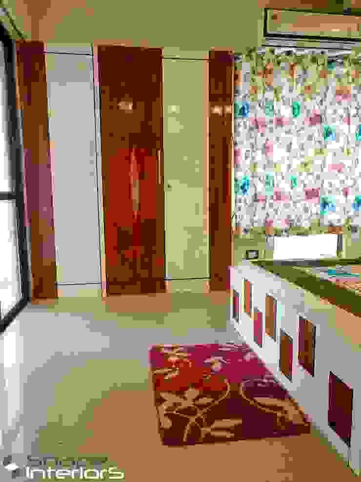 Wardrobe design Shape Interiors Small bedroom Wood Wood effect