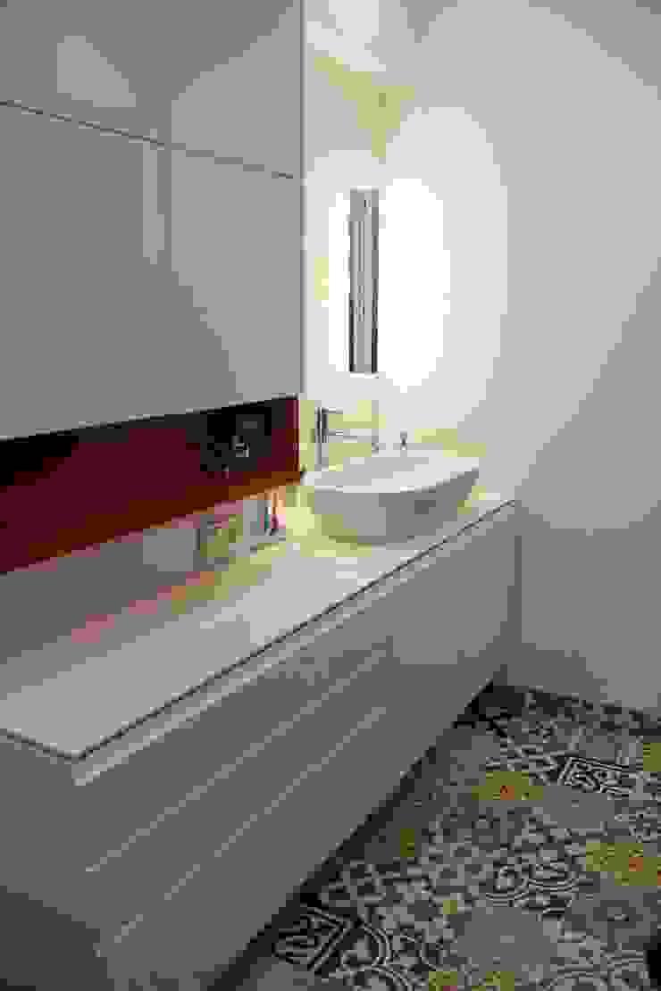 Cerames Baños de estilo clásico Blanco