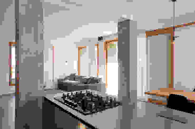 MIDE architetti Modern style kitchen