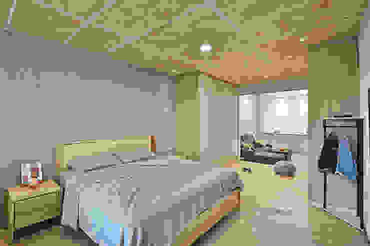 主臥房空間 根據 森畊空間設計 簡約風 塑木複合材料