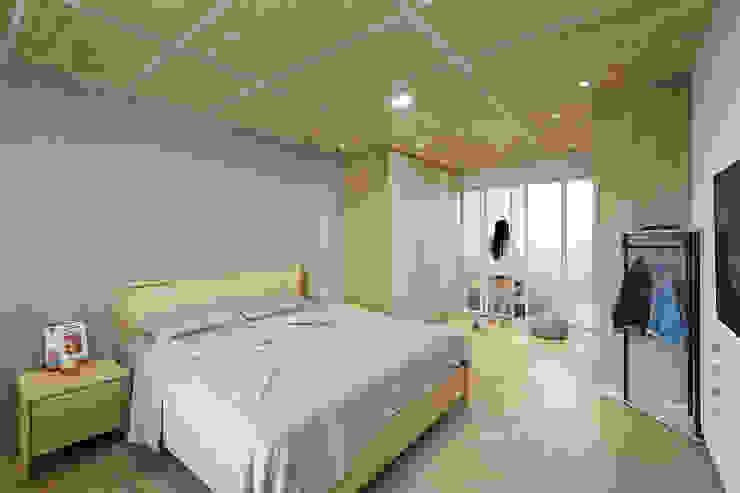 透天住宅設計 = 無 印 簡 約 S t y l e 根據 森畊空間設計 簡約風 塑木複合材料