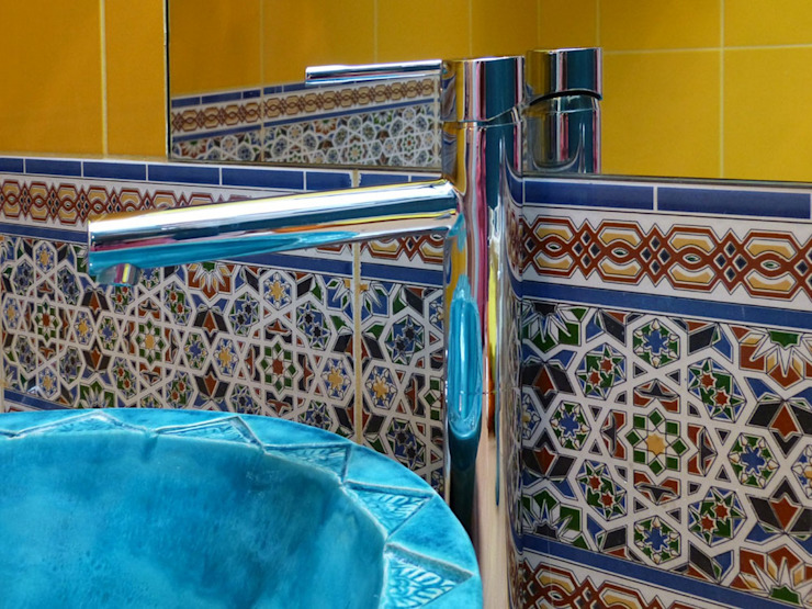 Cerames Classic style bathroom