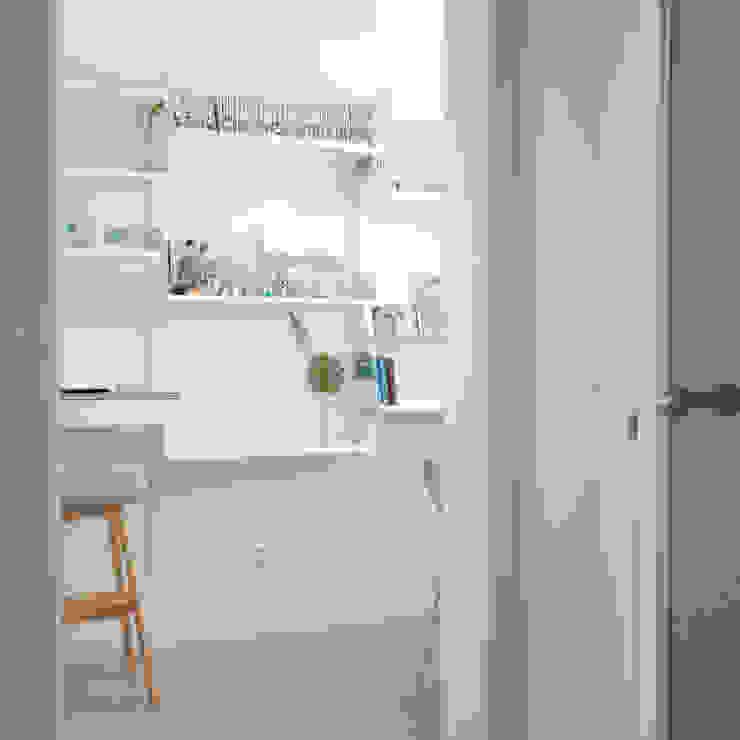 도화 현대 29평 아파트 인테리어 모던스타일 서재 / 사무실 by 카멜레온디자인 모던