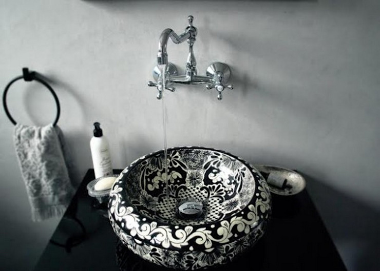 Cerames Colonial style bathrooms Black