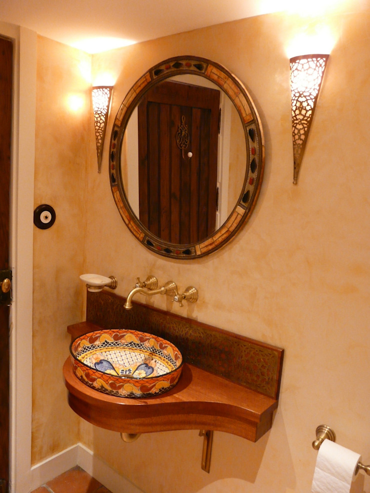 Cerames Colonial style bathrooms Ceramic
