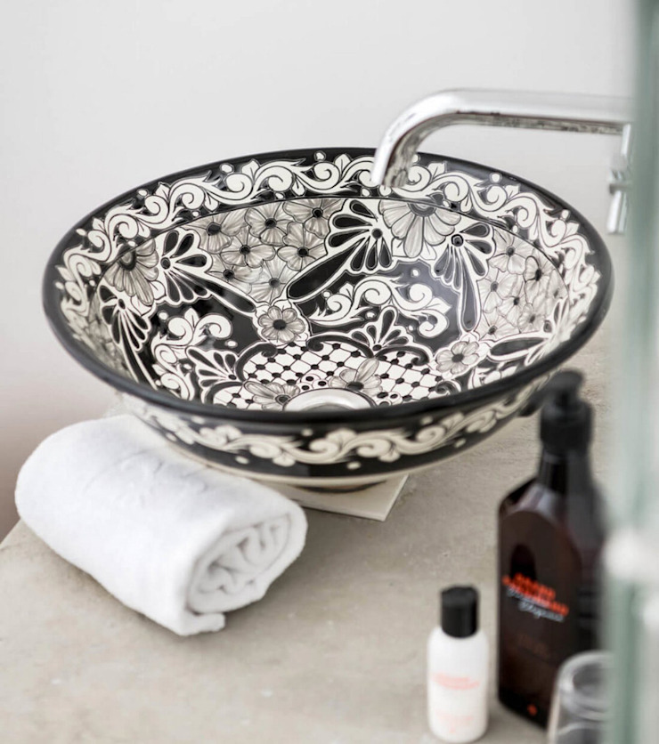 Cerames Colonial style bathrooms Ceramic Grey