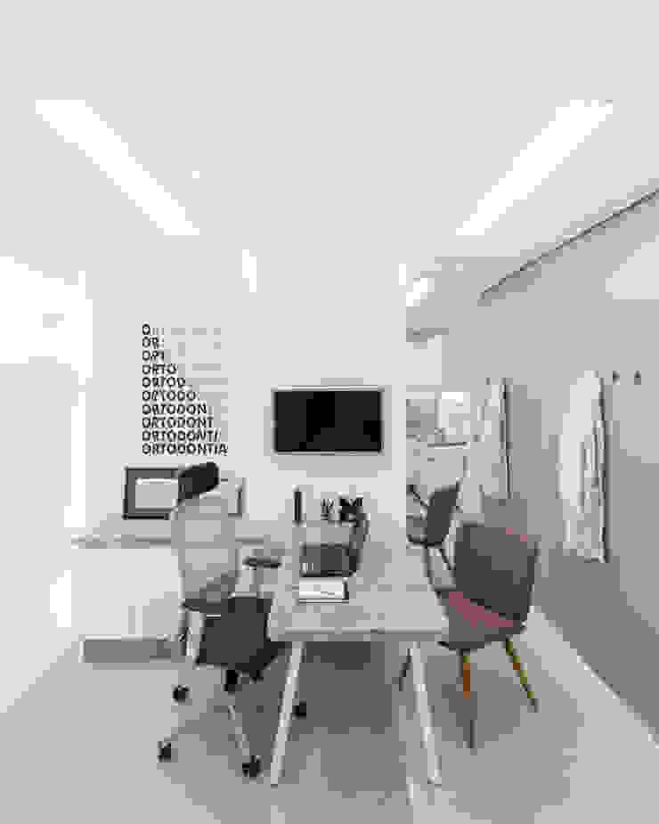 Minimalist clinics by Okla Arquitetura Minimalist Marble