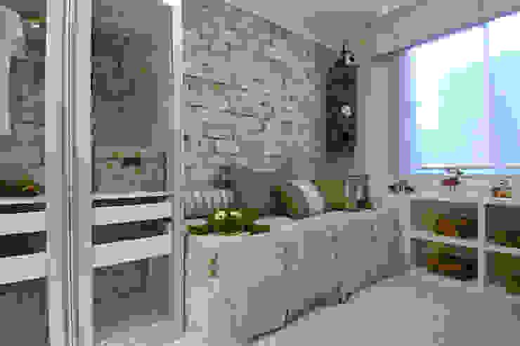 Dormitorios infantiles modernos: de BG arquitetura | Projetos Comerciais Moderno
