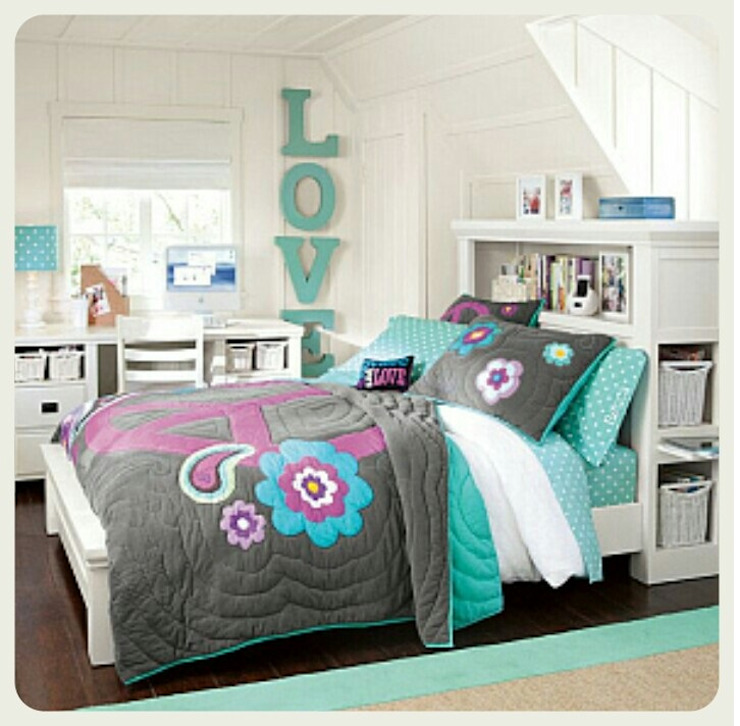 homify Small bedroom