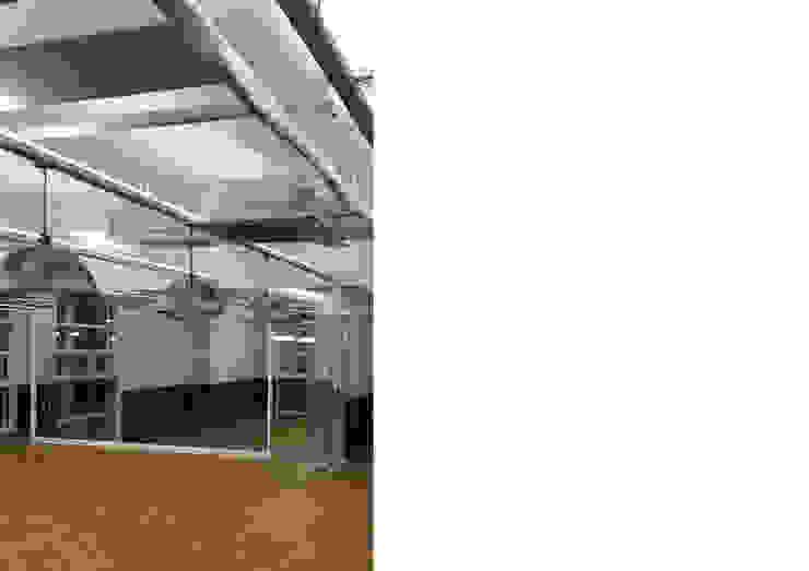 사무실 인테리어 인더스트리얼 서재 / 사무실 by Design Partner Blue box 인더스트리얼 벽돌