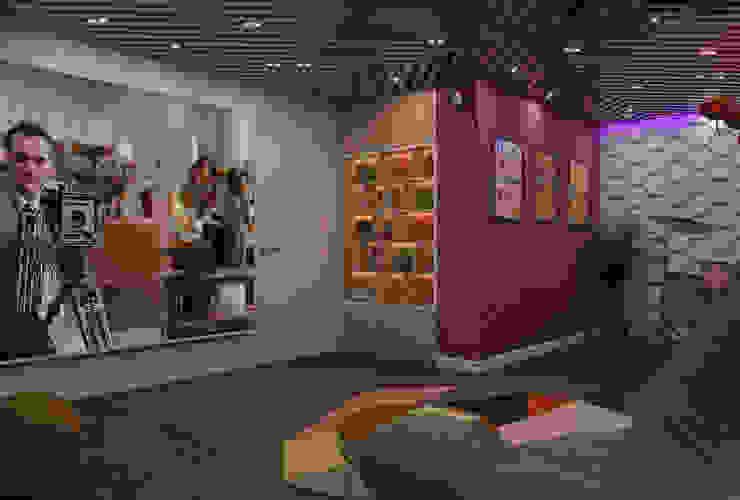 Частный дом в Юкках Медиа комната в стиле минимализм от Wide Design Group Минимализм