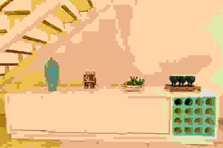 Лестницы в . Автор – Isa Ramoni Arquitetura, Модерн Металл