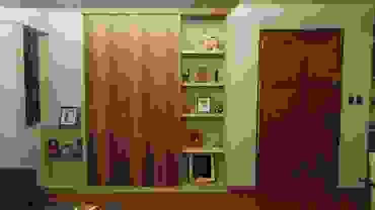 Sala y Mueble de entretenimiento de Actio arquitectos Clásico Derivados de madera Transparente
