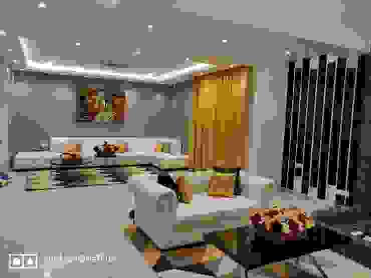 من Enrich Interiors & Decors حداثي
