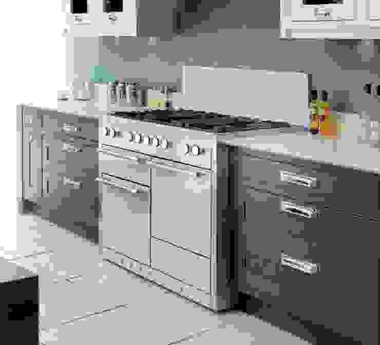 New AGA Mercury and AGA Elise 48″ multi-oven ranges de GREAT+MINI Moderno Hierro/Acero