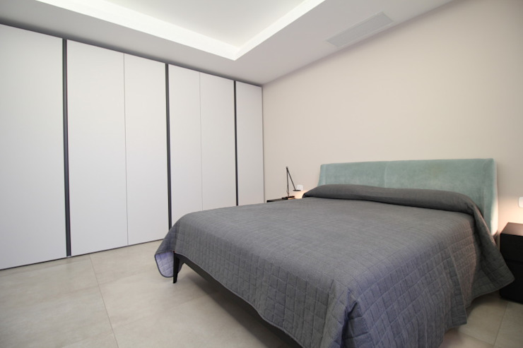 Moderne slaapkamers van Giuseppe Rappa & Angelo M. Castiglione Modern