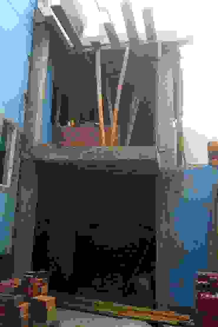 Remodelacion y construcción de cocina en patio trasero. de BJC CONTRATISTAS GENERALES SAC