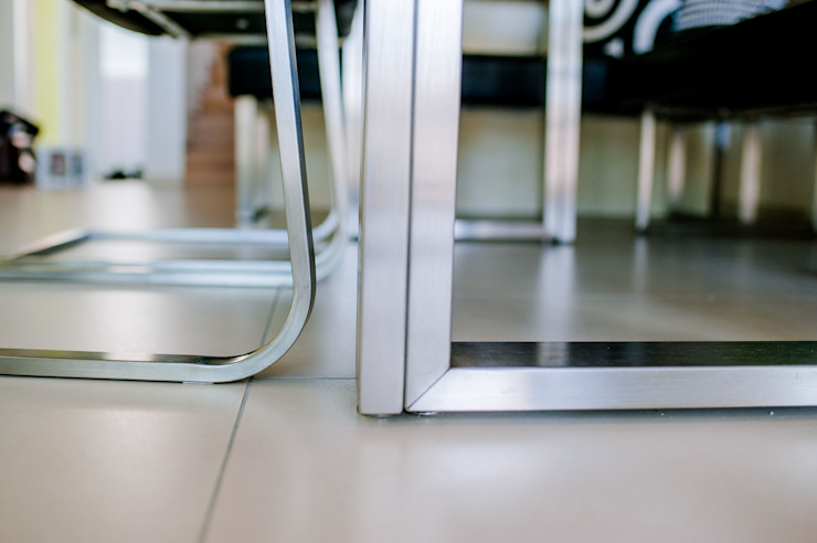 Tischgestell aus Edelstahl Moderne Esszimmer von T-raumKONZEPT - Interior Design im Raum Nürnberg Modern Eisen/Stahl