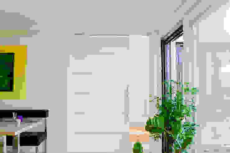 Schiebetür der ideale Raumtrenner Moderne Esszimmer von T-raumKONZEPT - Interior Design im Raum Nürnberg Modern