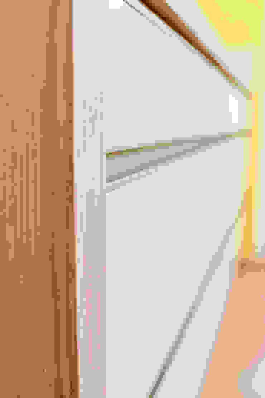 T-raumKONZEPT - Interior Design im Raum Nürnberg Built-in kitchens White