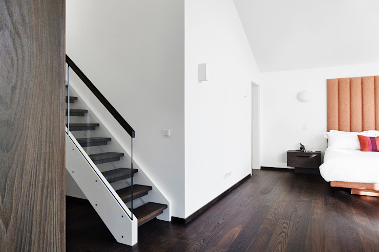 Stairgate and floors Made in Germany Baufritz (UK) Ltd. Floors Wood Brown