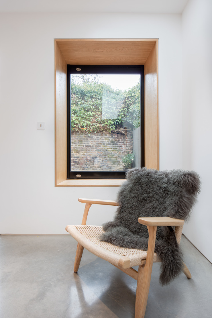A House in Brixton, 2018 TAS Architects Modern living room