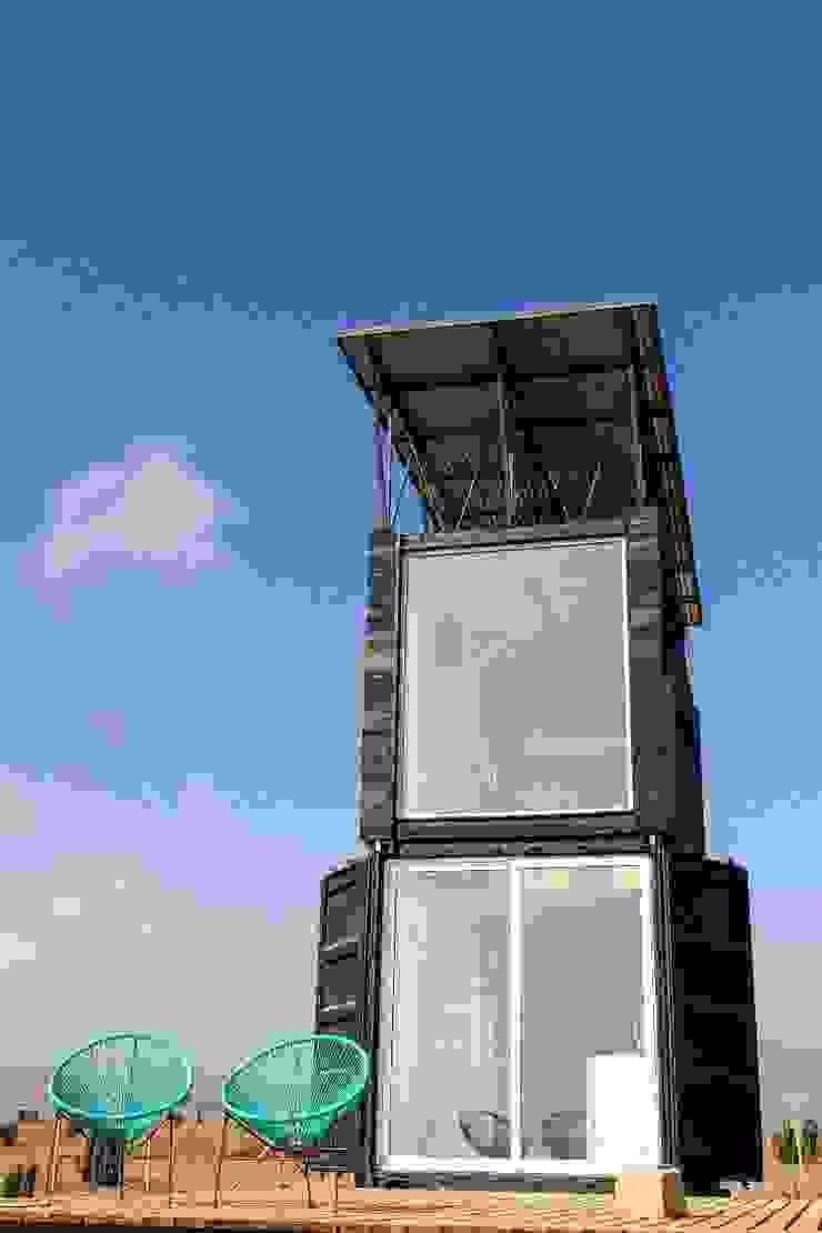 Habitáculo S.O. e-Tower de MRH Arquitectos Moderno Madera Acabado en madera