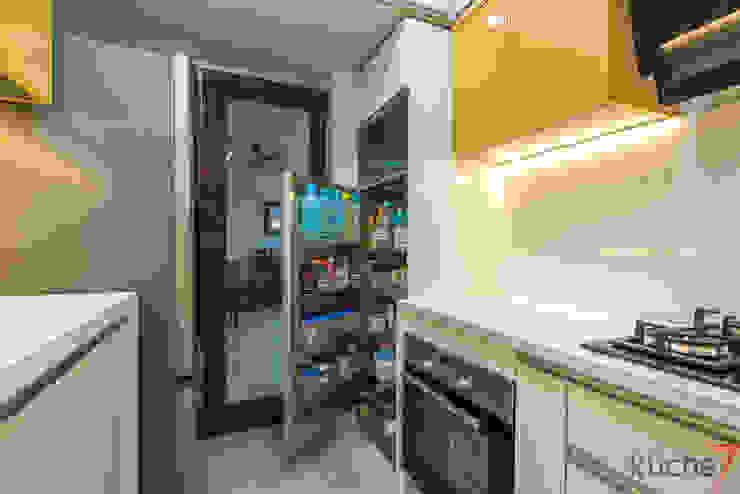 Affordable kitchen designed for Anupama Kumar, Mumbai by Küche7 Modern