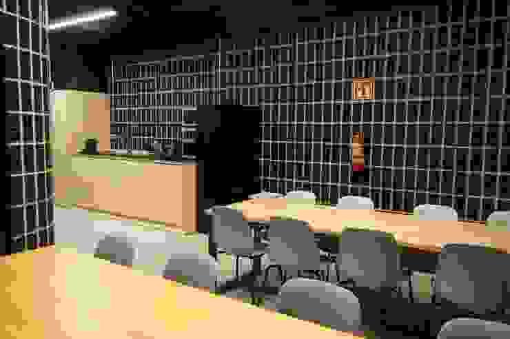 Dasepa Construcciones y reformas en Madrid Modern Tuğla