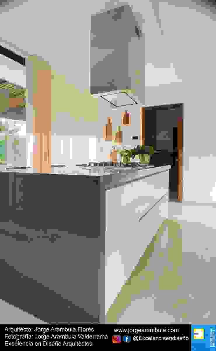 Casa Lagos 94 Excelencia en Diseño Cocinas equipadas Gris